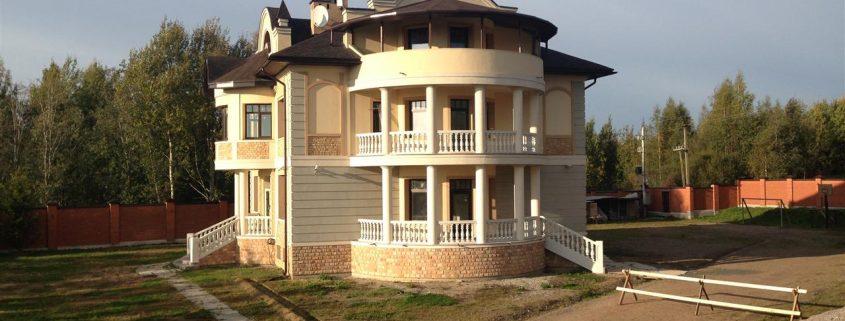 Дом из газобетона, построен в Л.О.д.Карабсельки